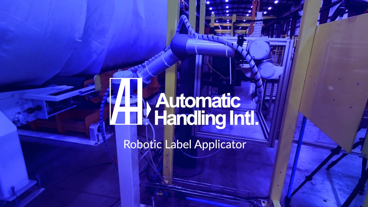 Robotic Roll Labeling