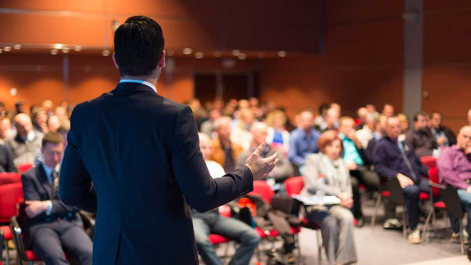 6 Sermon Introductions to Grab Your Audience's Attention