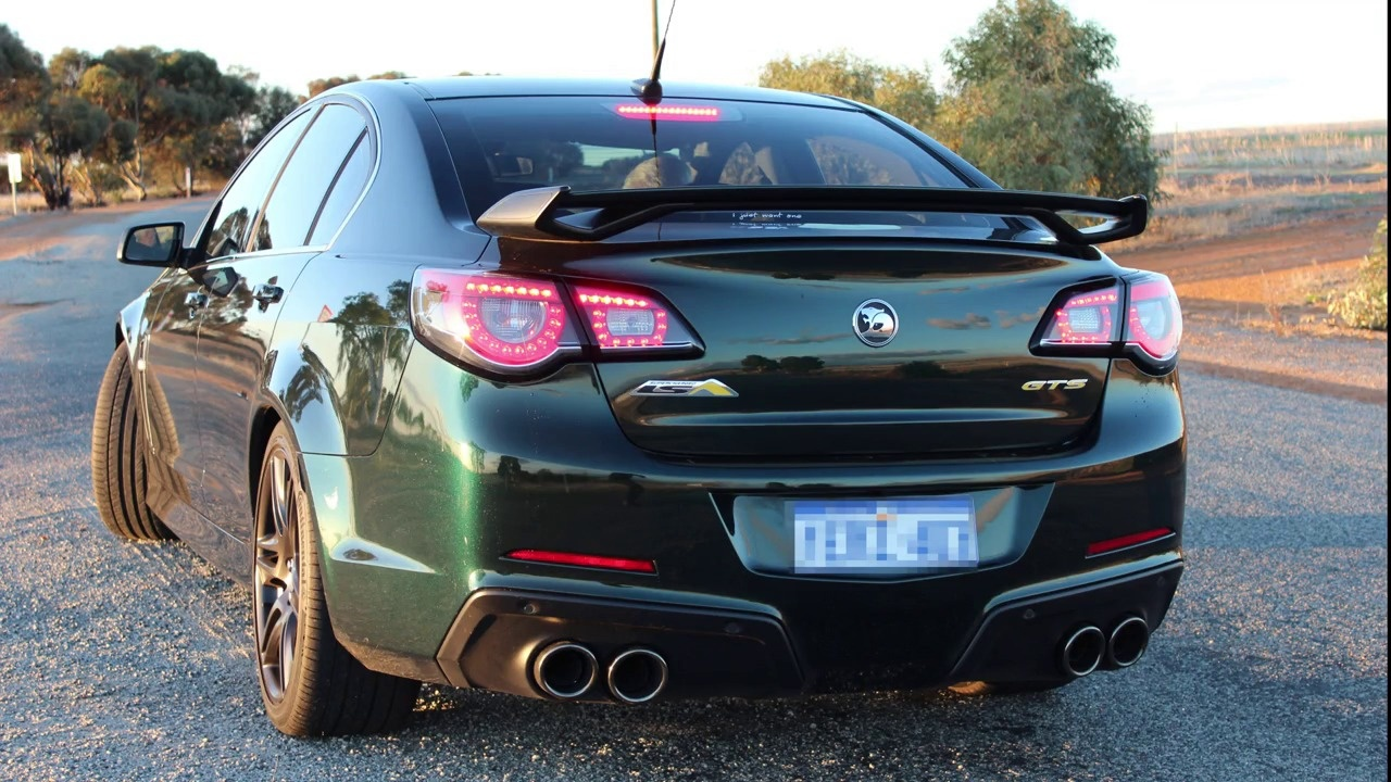 VF GTS 6 2L V8 Supercharged - Manta Exhaust Before and After!