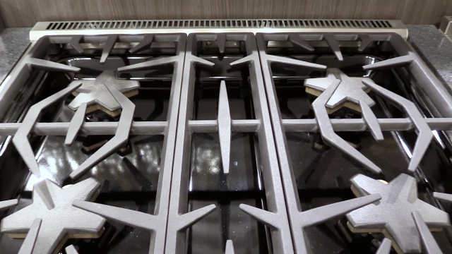 "Wistia video thumbnail - Thermador PRG304GH 30"" Pro Gas Range"