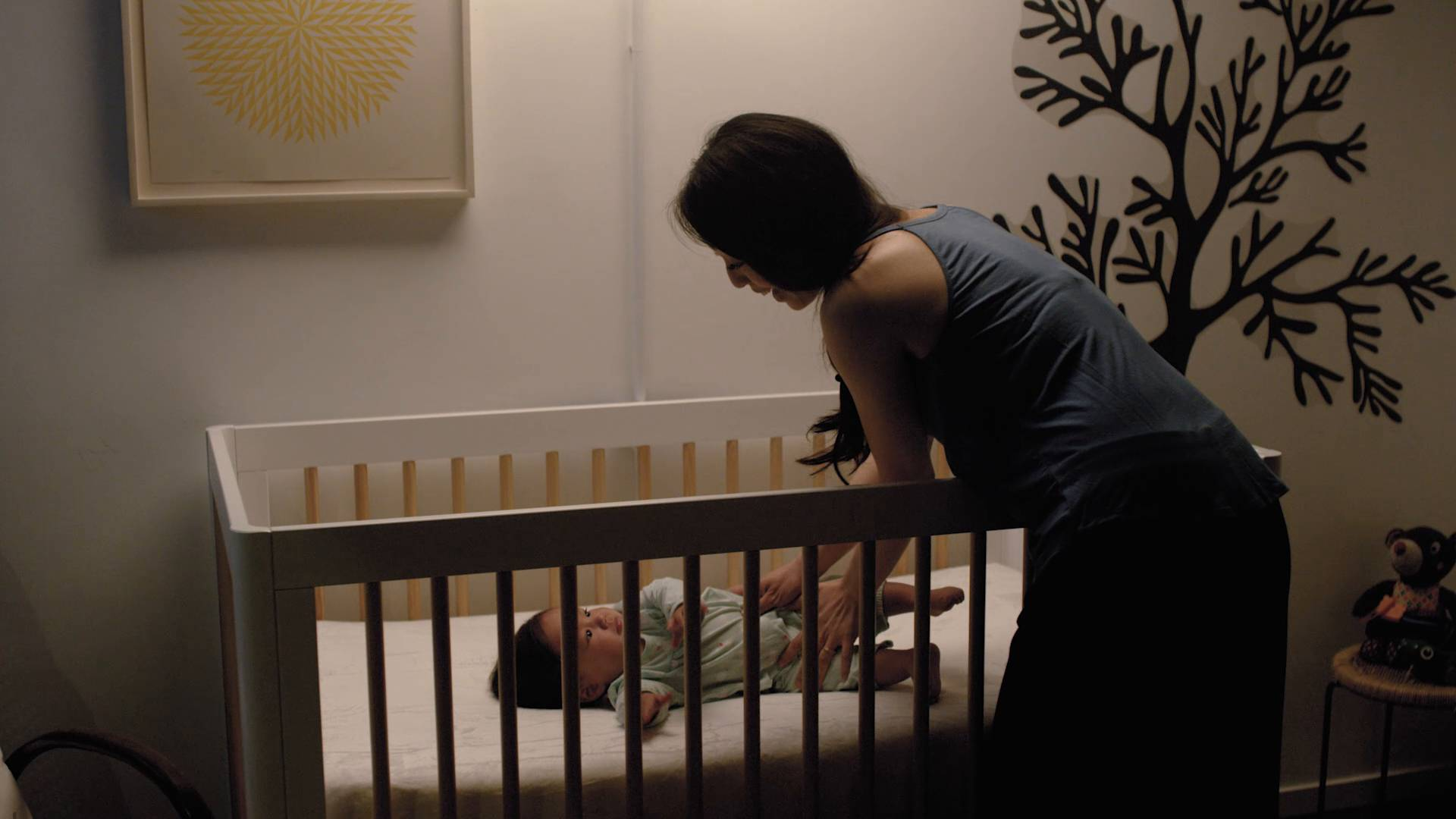 how to transition baby to crib