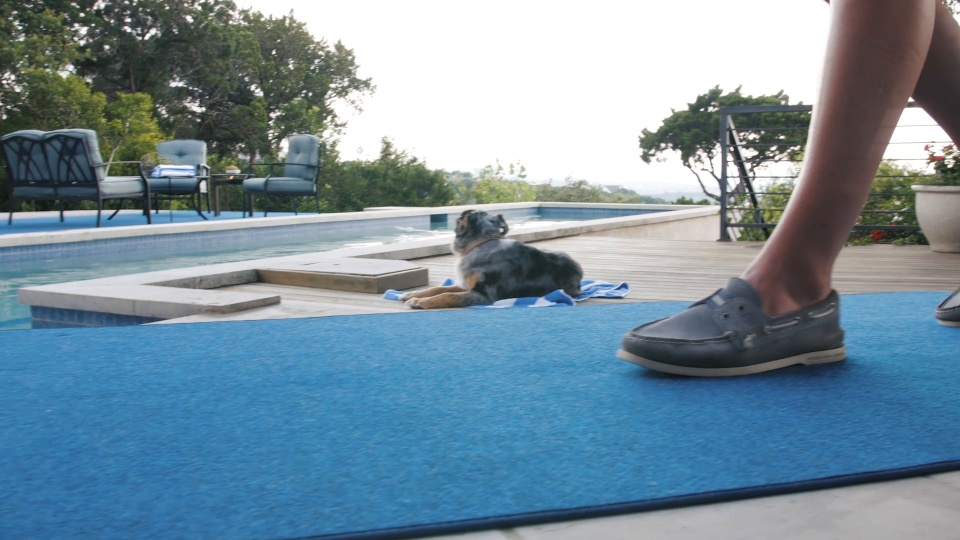 How To Choose Between Outdoor Carpet And Artificial Turf House