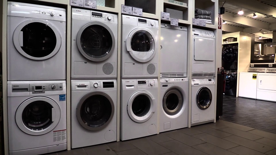 Wistia video thumbnail - What is Compact Laundry?