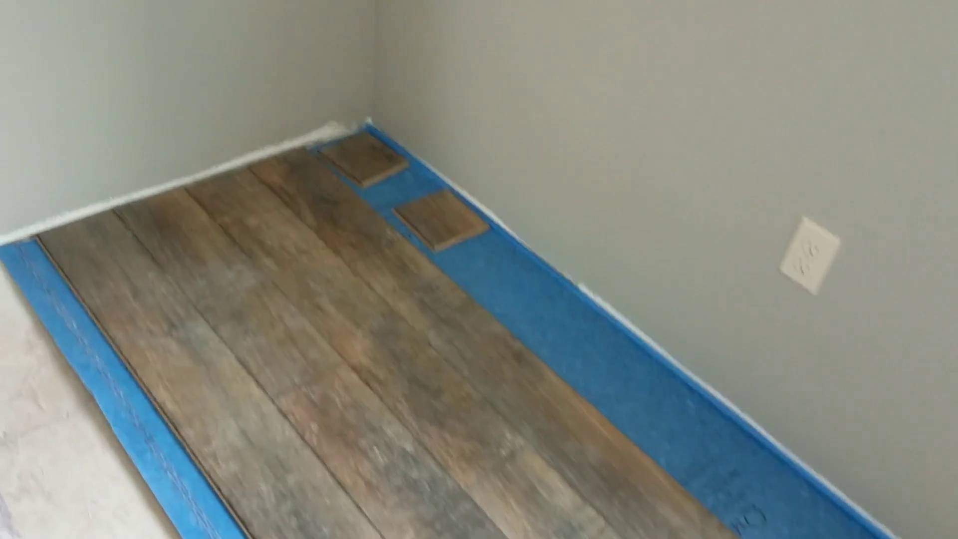How To Install The First Row Of Laminate Flooring So That S You Do