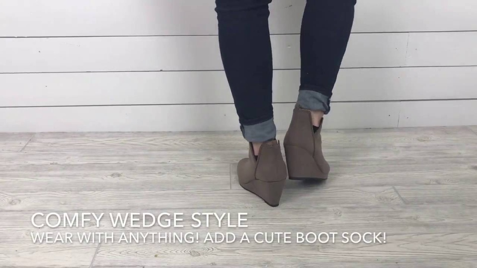 Wistia video thumbnail - Fall Boots and Booties