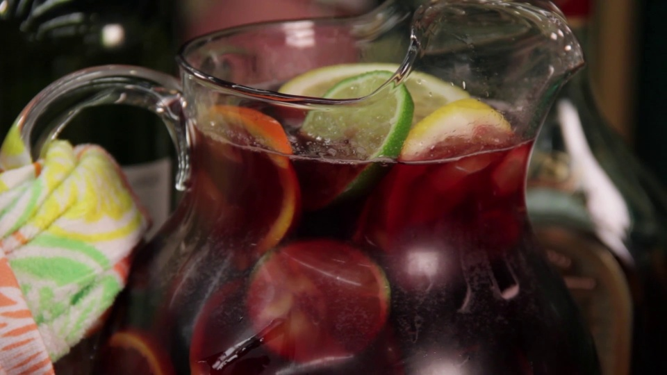 Wistia video thumbnail - What is Sangria and What Ingredients Should I Use?