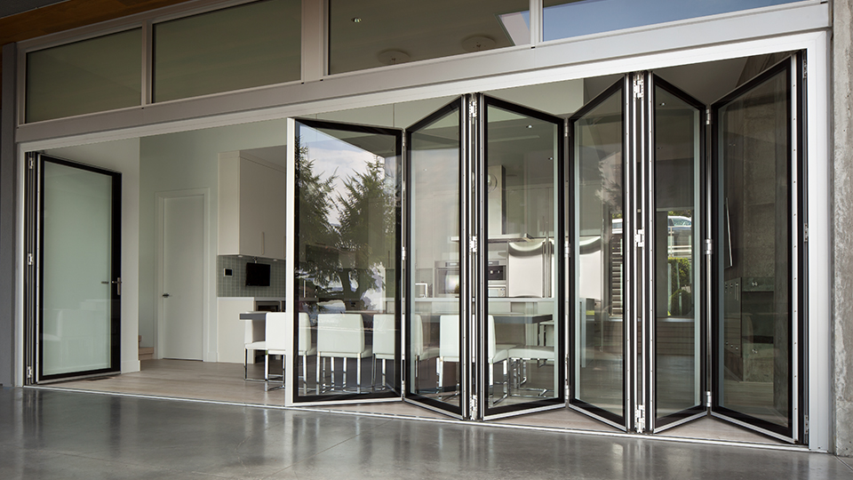 Image gallery nanawall for Retractable walls residential