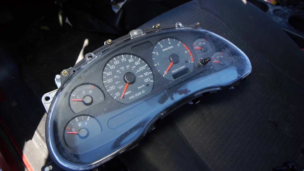 How to Remove a Ford Instrument Cluster: Ford Mustang 1994-2004