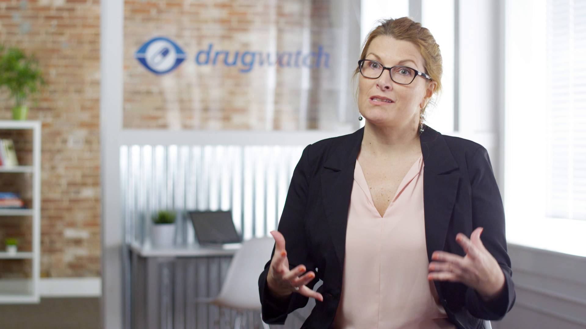 Madris Tomes describes flaws in the FDA reporting systems to Drugwatch.com