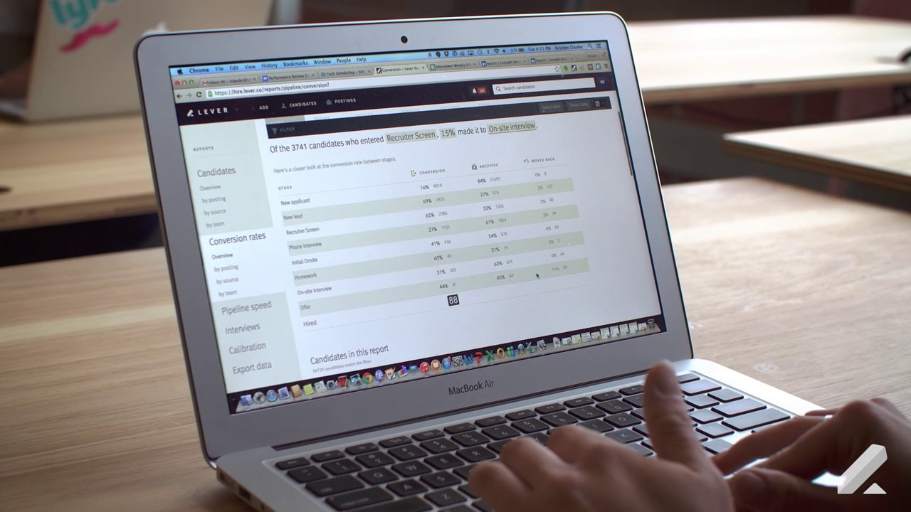 modern recruiting software applicant tracking system